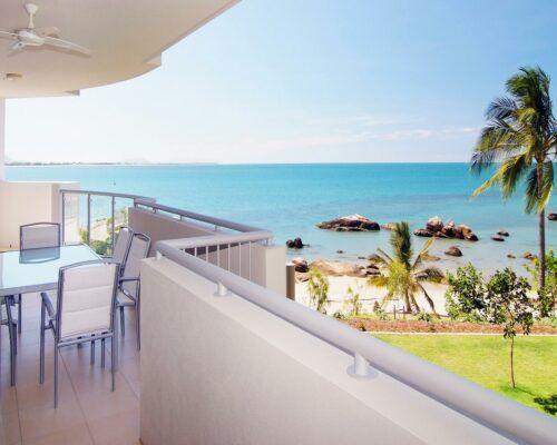 coral-cove-1-bedroom-apartments-bowen (2)